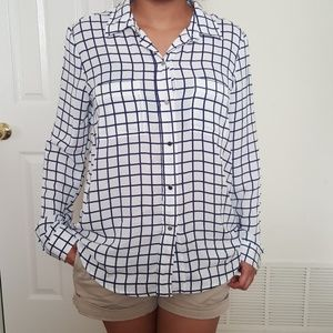 Liz Claiborne shirt for women size M